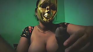 Shweta : 4 videos of homemade porn